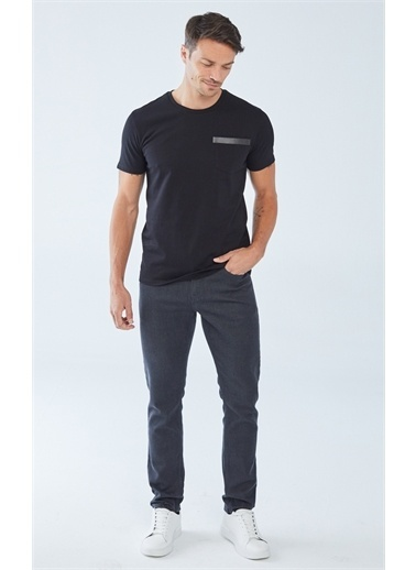 Boris Becker Cep Baskı Detaylı Erkek T-shirt Siyah